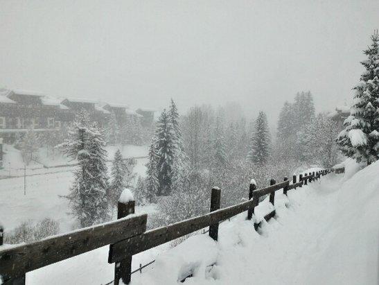 La Thuile - Gran nevicata 12 febbraio 2016 - © edoardomil01