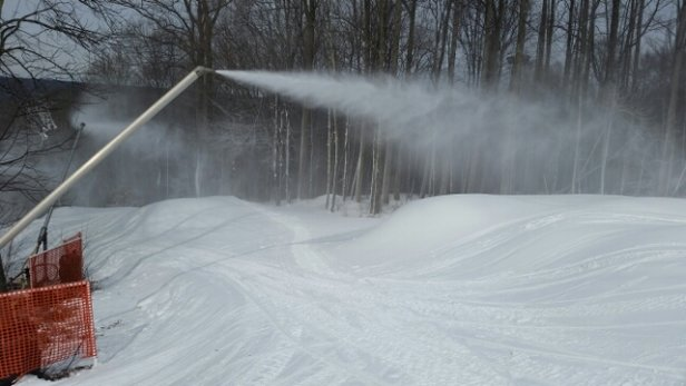 Shawnee Mountain Ski Area - Great conditions today!  Getting ready for a busy weekend fresh snow on everything.  snowmakers gave been busy  - © jv