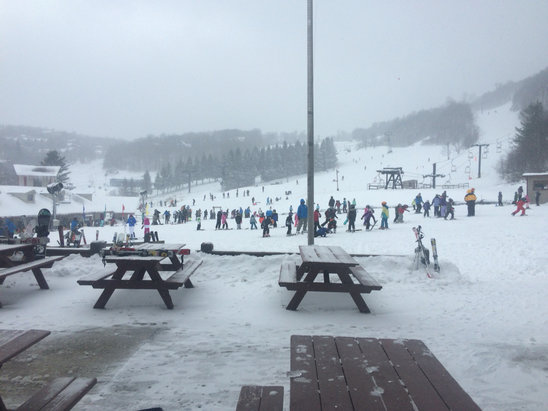 Beech Mountain Resort - [! skireport_firsthandpost_pagetitle ] - © Kawika's iPhone