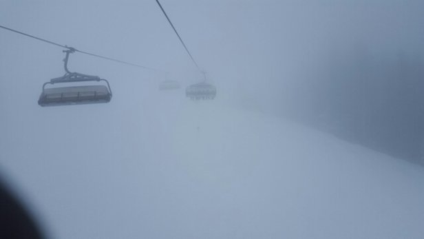 Kitzbühel - Terrible visibility all over the mountains today and looks like tomorrow. Off piste you can find good snow, just try to stay close to the pole markers or trees. ski safe and have fun!! - © jeffjwest1