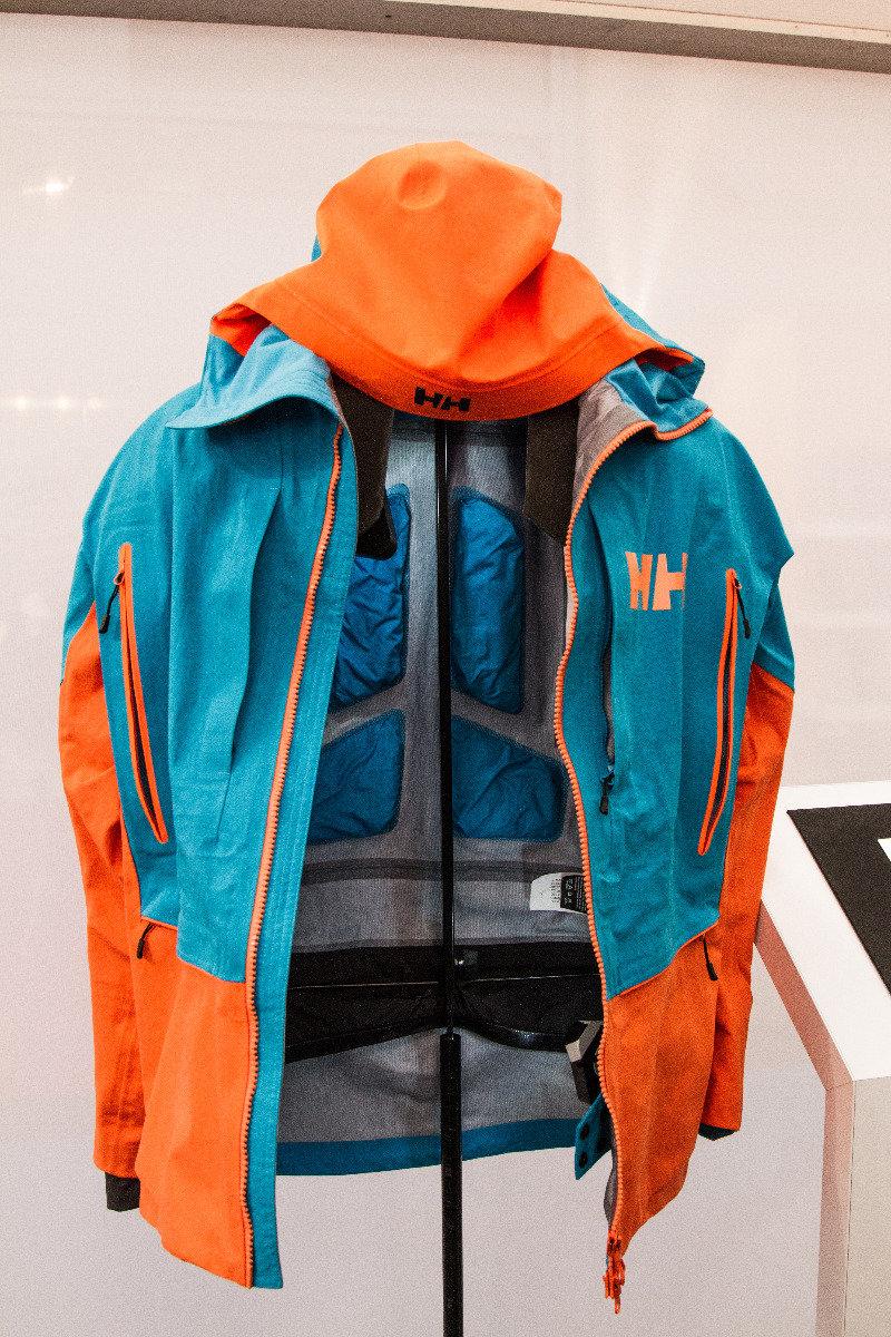 Nieuwe Helly Hansen-freeride jacket. - ©Skiinfo