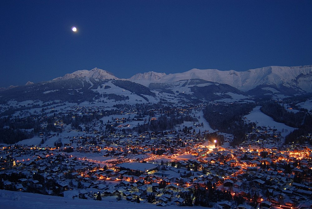 Megeve at night. - © bionnassayimages.com