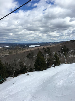McCauley Mountain Ski Center - Great day - © Daddy's phone