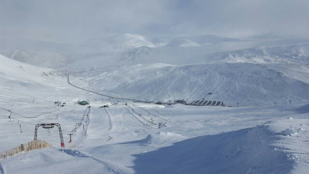 Glenshee - cracking conditions yest great day - ©stevenmcgill43