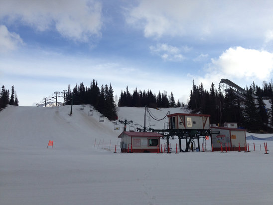 Hilltop Ski Area - 3pm - © [! skireport_default_author ]