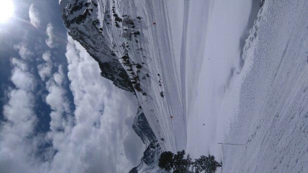 Grand Tourmalet (La Mongie / Barèges) - neige parfaite gros soleil ce matin. et la c'est reparti pour de la neige  - © blanchardludo