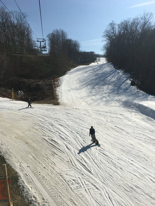 Mountain Creek Resort - Sticky snow, some bare spots but skiable  - © chris