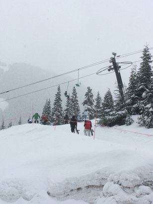 Stevens Pass Resort - Gnarly powpow and its landing thick all afternoon - © Kevin's iPhone