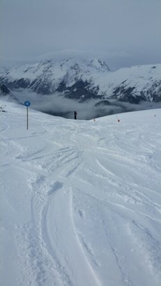Alpe d'Huez - [! skireport_firsthandpost_pagetitle ] - © dineudine