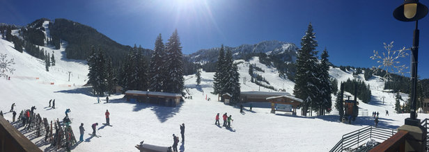 Stevens Pass Resort - Tons of Pow, sun and fun! - © Charles's iPhone