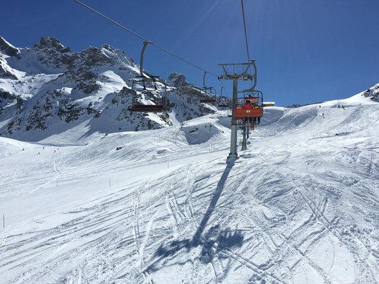Gressoney-La-Trinité - Monterosa Ski - Bene oggi.. Ottimo tempo anche se dopo le 13 la neve ha cominciato a cedere.. Complessivamente soddisfatti! - © iPhone