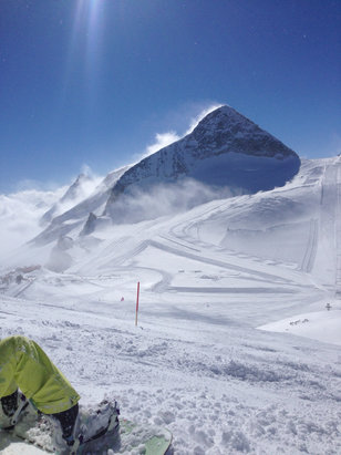 Hintertuxer Gletscher - Zillertal - Top condition!  - © Ian Mint
