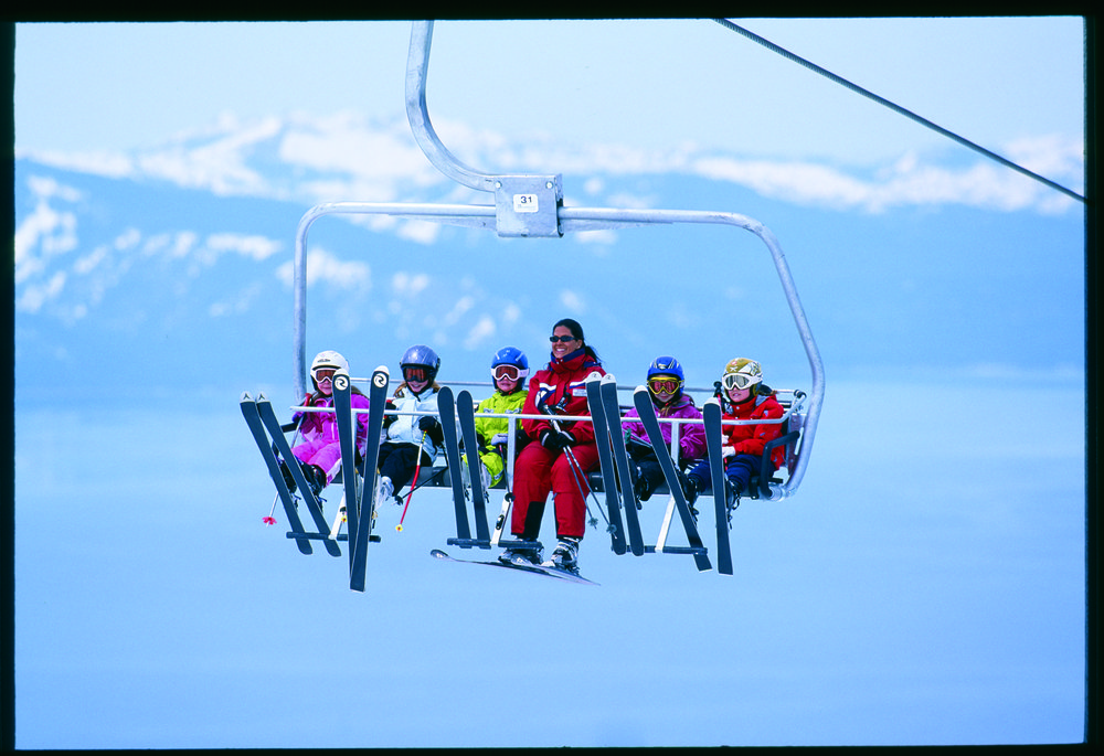 Children riding the chairlift to their lesson at Heavenly CA