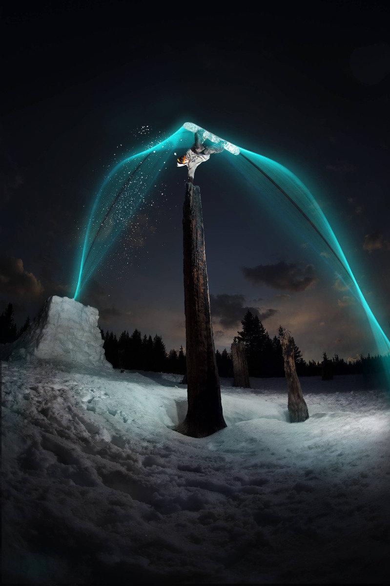 Sage Kotsenburg mit Lichtspielen - ©Red Bull Illume | Dave Lehl