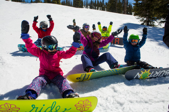 Throw'em up! Kids getting down at Aspen Snowmass. - ©Jeremy Swanson
