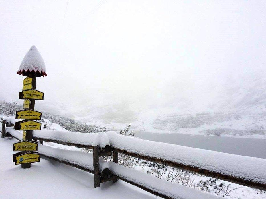 Fresh snow in Tatranska Lomnica, Slovakia, 6.10.2016 - © facebook Vysoké Tatry - hory zážitkov