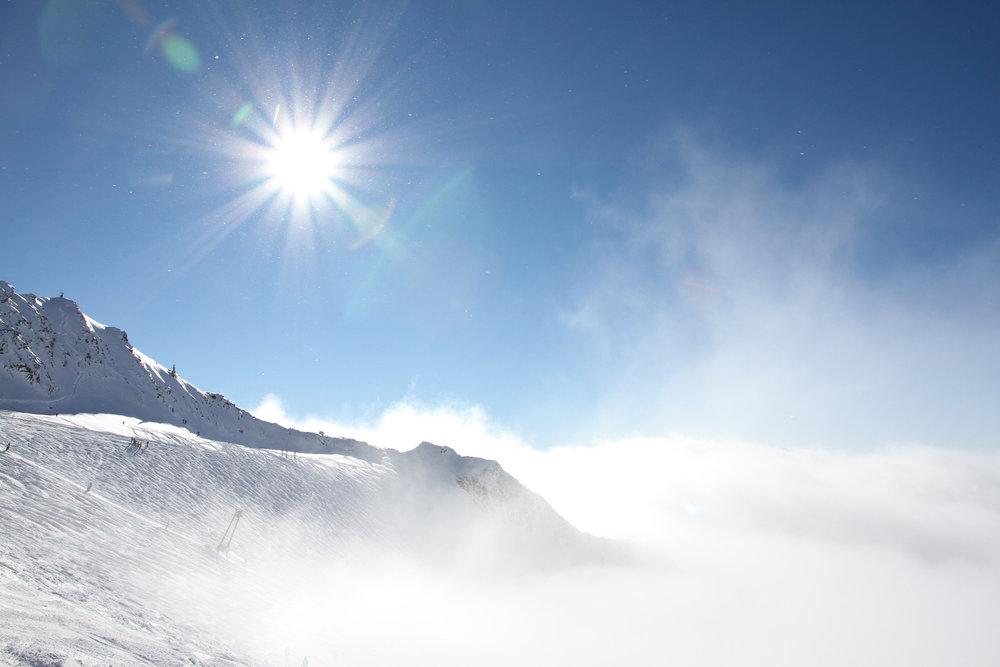 Über den Wolken am Stubaier Gletscher - © Skiinfo