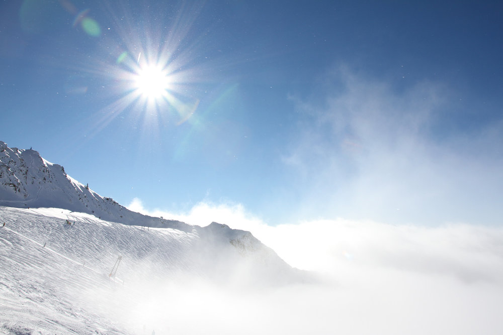 Nad mraky na ledovci Stubai - © Skiinfo