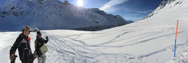 Gressoney-La-Trinité - Monterosa Ski - Comprensorio purtroppo castrato causa maltempo settimanale: solo i salati e cimalegna. Ovviamente qui in quota neve perfetta! - © iPhone