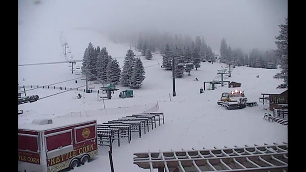 Ski Apache - Keep it coming! - © wtxskier