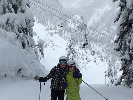 The Summit at Snoqualmie - Incredible snow!  - © miPhone