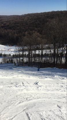 Bear Creek Mountain Resort - Pretty good snow today and great terrain park, no lines. I suggest blue mountain over this due to its much longer runs - © iPhone