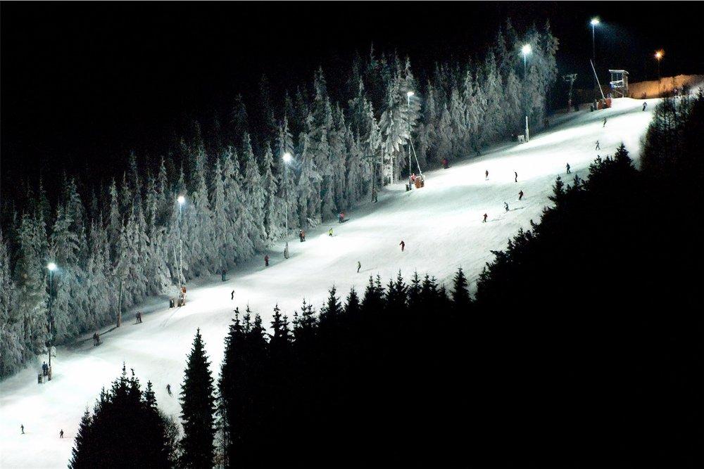 Nachskilaufen im Skigebiet Jauerling - © Josef Salomon - wachaufoto.at