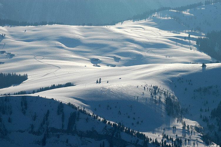 Die Winterlandschaft des Skigebiets Postalm Wolfgangsee - © Postalm Wolfgangsee
