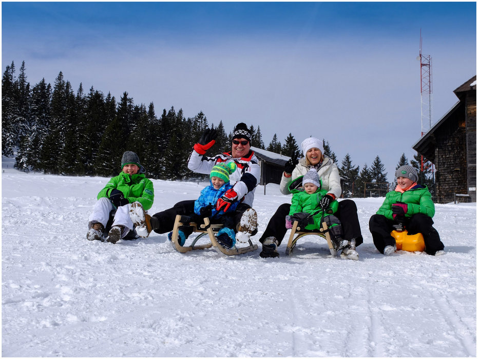 Familienrodeln im Skigebiet Salzstiegl - ©  Salzstiegl Tourismus GmbH