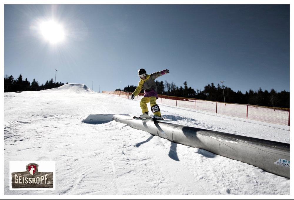 Der Snowpark im Skigebiet Geisskopf - © Skigebiet Geisskopf