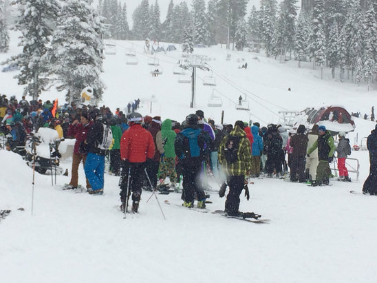 Northstar California - Clear the snow? Clear the chairsthere yesterday... Gondola opened at 9:30 and Comstock only at 1pm. Long lines on Zephyr
