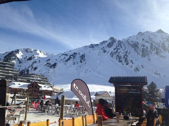 Grand Tourmalet (La Mongie / Barèges) - Superbe ! Bonne neige, site agréable, bonne ambiance.  - © iPhone de Charlotte