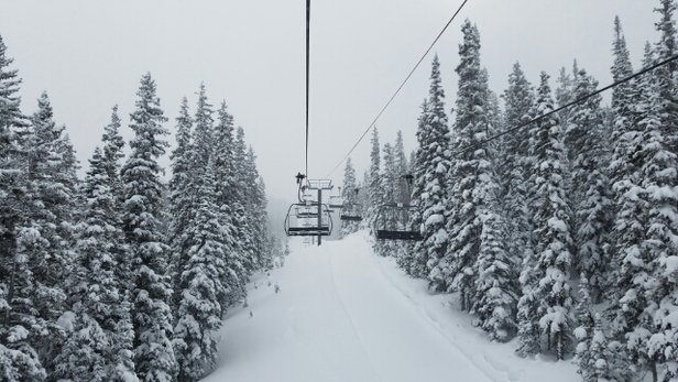 Winter Park Resort - Lame O winter park.  pano, Eagle wind,  cirque all closed today due to cold.  - © blt