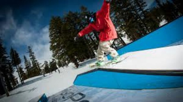 Squaw Valley - Alpine Meadows - meh jibbin heroes in December Xmas last yr - © emilyroseband1