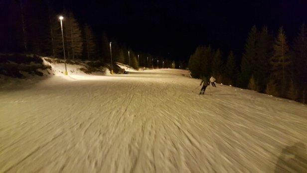- © ski