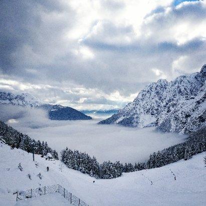 Colere - Sabato 11/02 condizioni ottime, un sacco di neve fresca anche in pista - © Alessandro