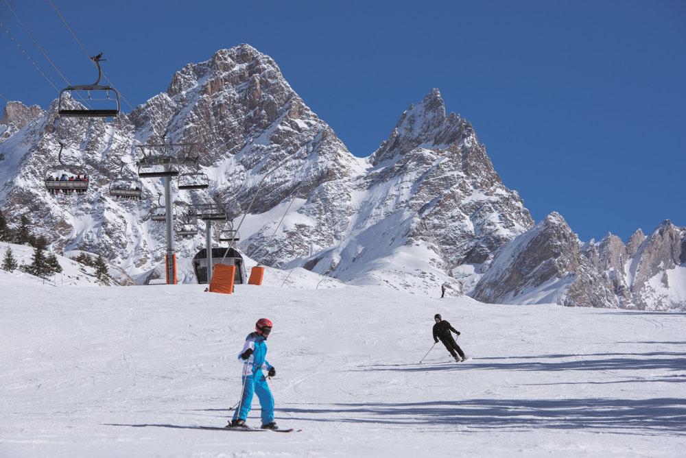 """Ambiance """"haute montagne"""" sur le domaine skiable de Pralognan la Vanoise - © Office de tourisme de Pralognan la Vanoise"""