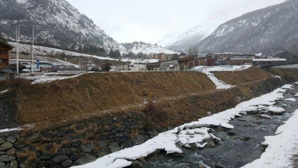 Val Cenis - pas de neige à la station .....  - © Laurent L