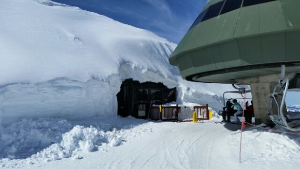 Heavenly Mountain Resort - There is so much snow here!! - ©UK Gary