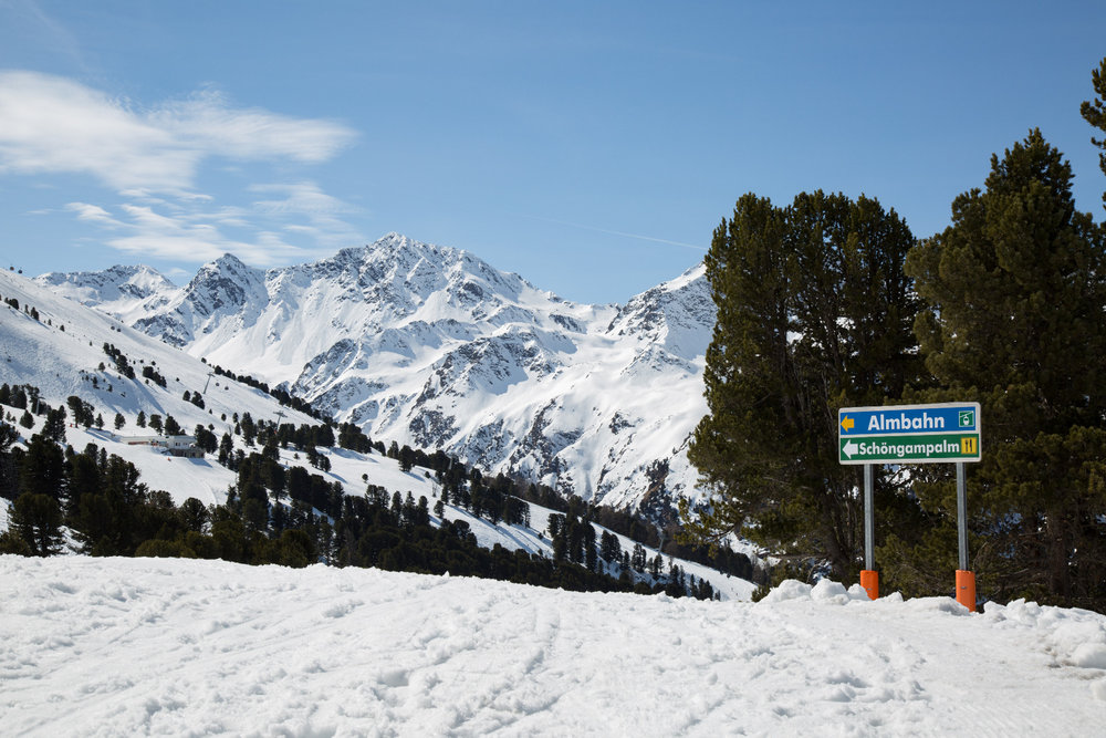 Von der Zirbenhütte geht es hinab zur Almbahn - © Skiinfo
