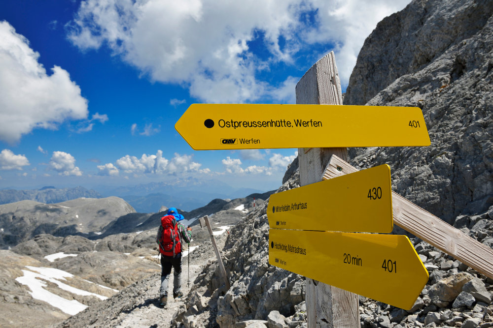 Abstieg vom Gipfel des Hochkönig über das Plateau der Übergossenen Alm - ©Norbert Eisele-Hein