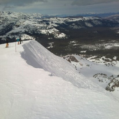 Mammoth Mountain Ski Area - What a view. - © joeskifast