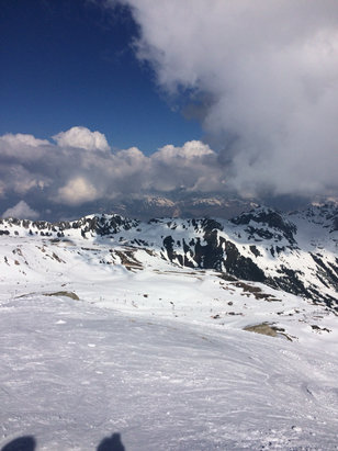 Les Arcs - Spring weather and skiing. 