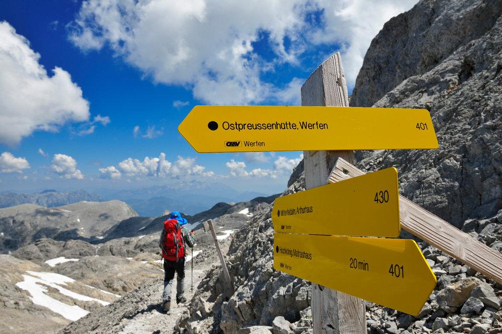 Abstieg vom Gipfel des Hochkönig über das Plateau der Übergossenen Alm - © Norbert Eisele-Hein