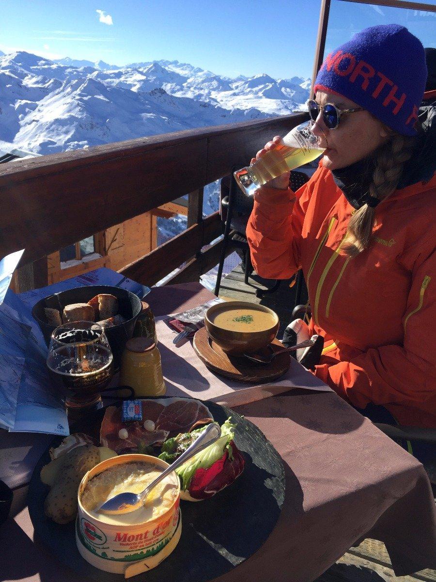 En bedre lunsj 2738 moh kan anbefales! - © Jens Duberg