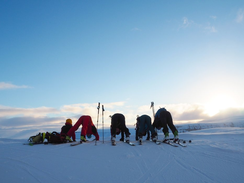 Litt fjellyoga på tur! - ©Vigdis Skogly