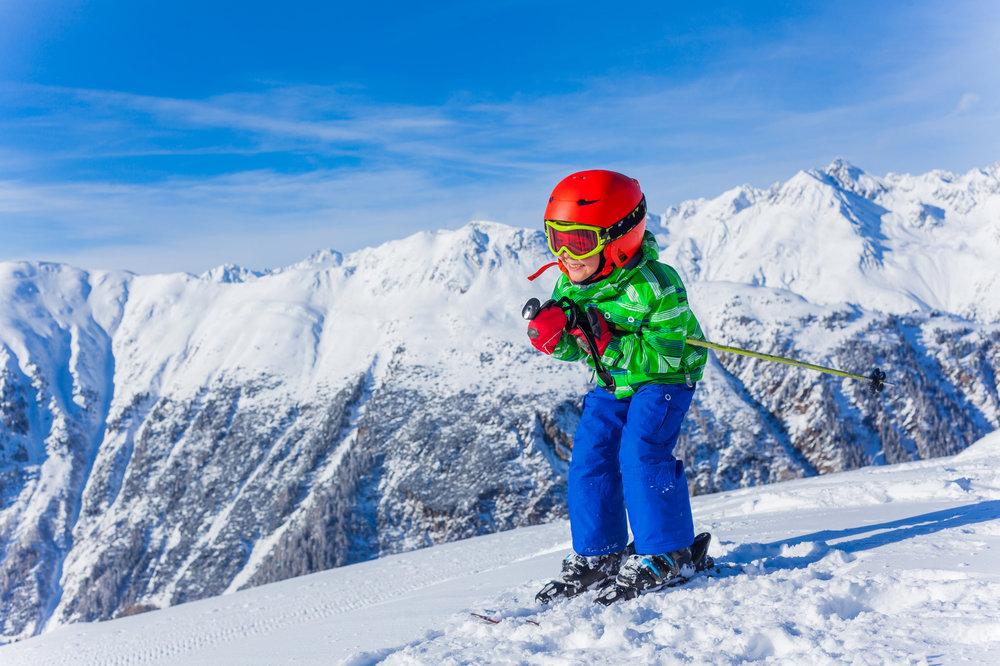 Prinášame dôležité rady pre rodičov, ktorí kupujú detské lyže - © Max Topchii - Fotolia.com