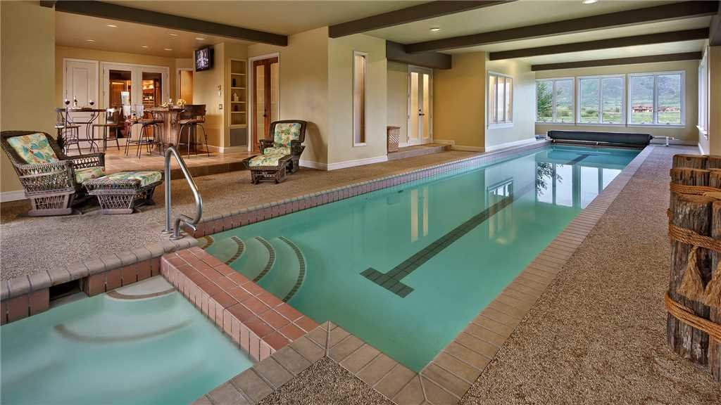Private indoor pool for an après-ski dip, anyone?