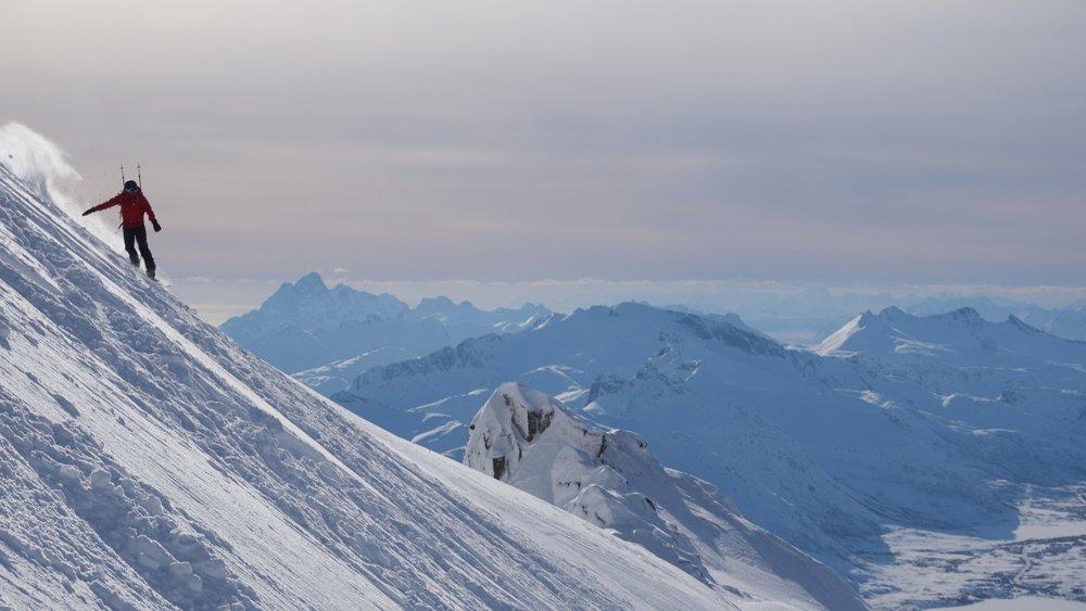 Myk snø og vakker nedkjøring. - ©Morten Bjørkmann