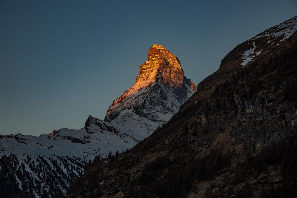Matterhorn im Sonnenaufgang - © Skiinfo